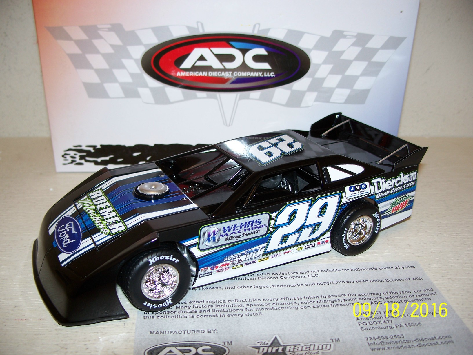 DIE CAST RACING COLLECTABLES Dirt Cars