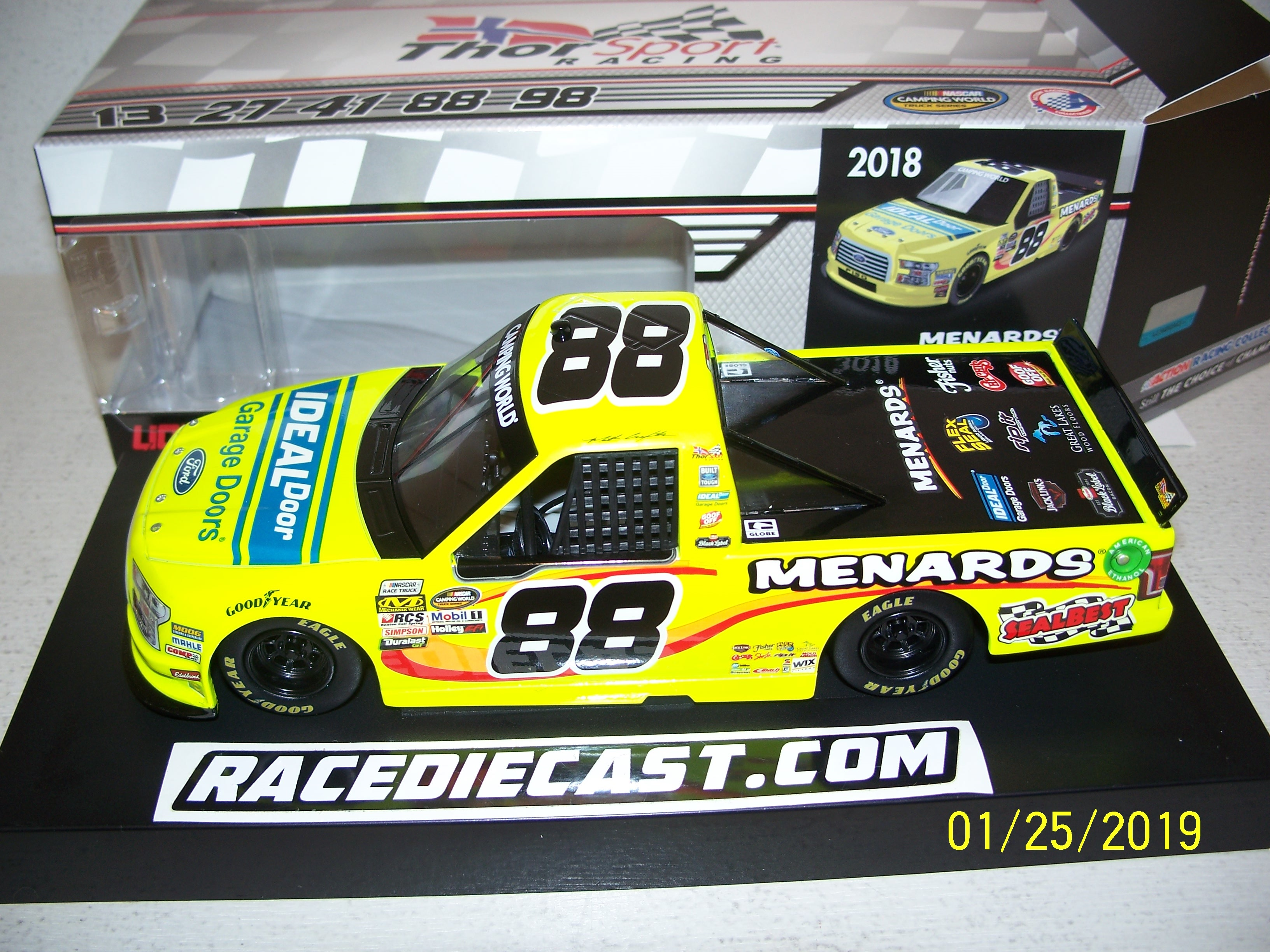 DIE CAST RACING COLLECTABLES - Super Trucks